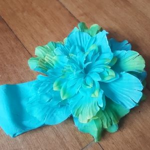 Other - Infant headband with flower blue and lime